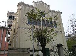Parrocchia di N. S. di Lourdes e S. Bernadette in Campi